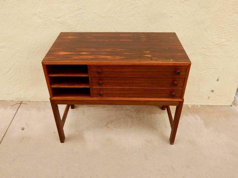 Danish Mid-Century Modern Rosewood Storage Chest, circa 1960 For Sale 13