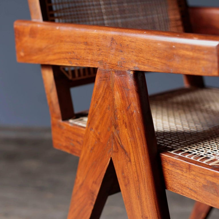 Office Cane Chair in Sissoo by Pierre Jeanneret In Excellent Condition For Sale In Tokyo, JP