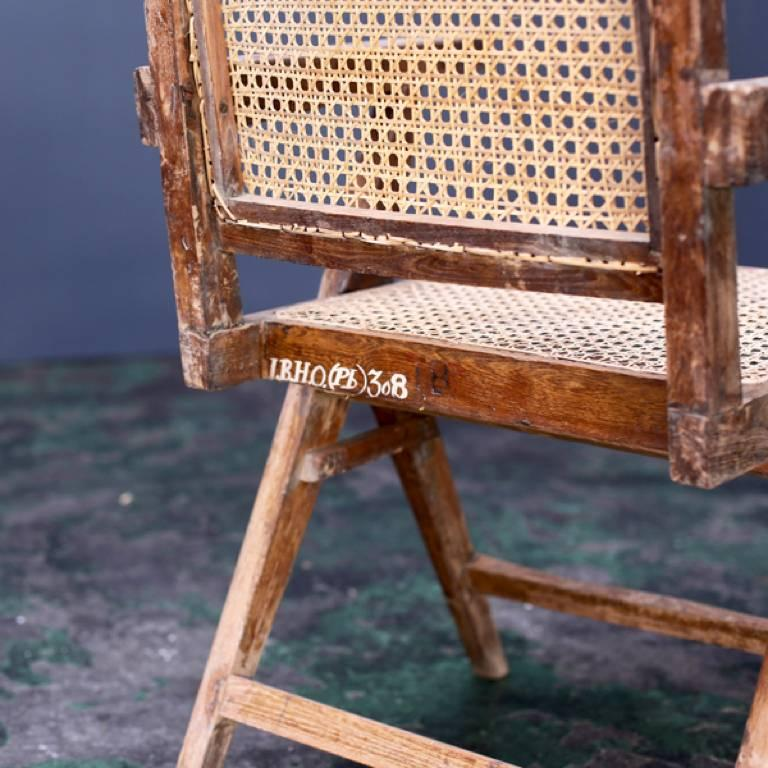 Y Frame Chair by Pierre Jeanneret 5