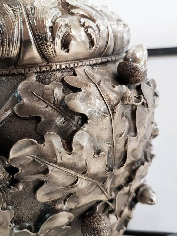 20th Century Italian Silver Oak Leaves Vase. Chiselled, embossed and burnished For Sale 2