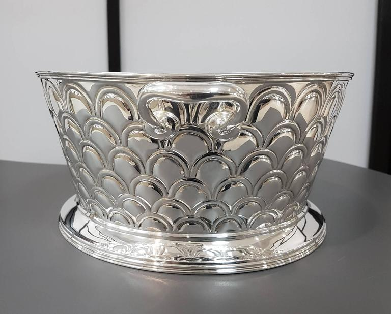 Embossed 20th Century Italian Silver Round basket with handles. Handicraft made in Italy For Sale