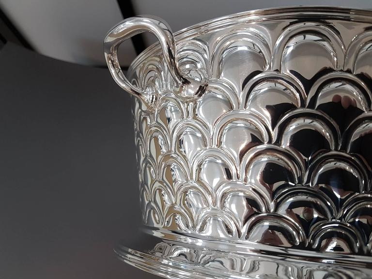 20th Century Italian Silver Round basket with handles. Handicraft made in Italy For Sale 2