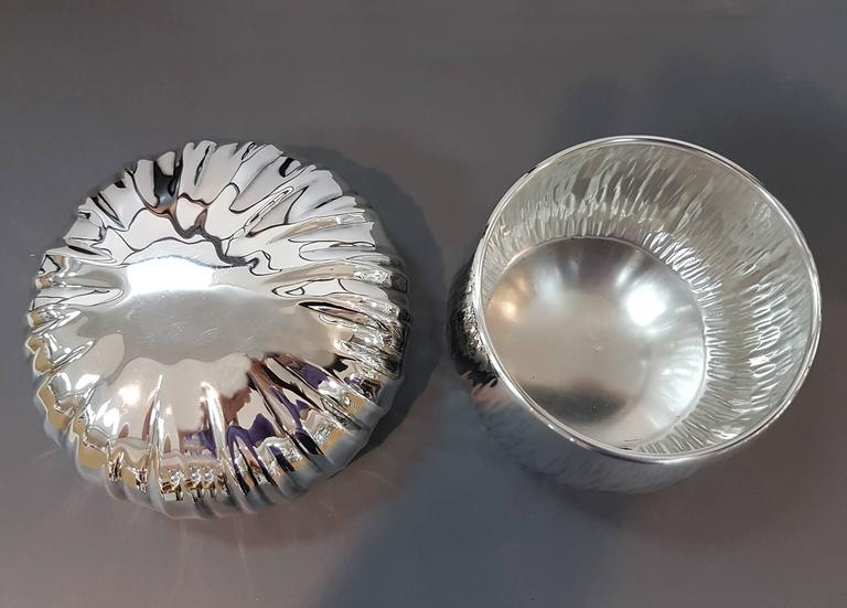 Modern 20th Century Italian Mushroom shape Silver Box. Enbossed and chiselled by hand For Sale