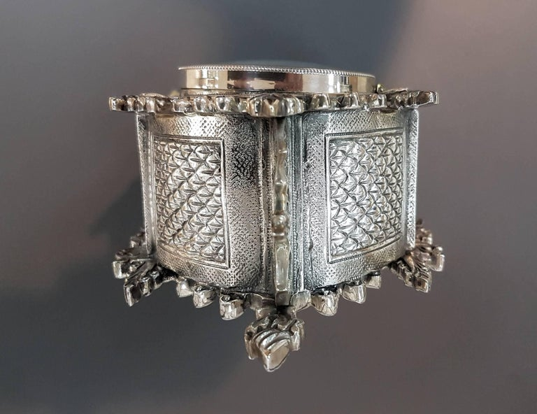 Solid silver 800 silver neo-Gothic silver table clock. The clock was made in casting and chiselling. Mechanical mechanism 1,850 grams.