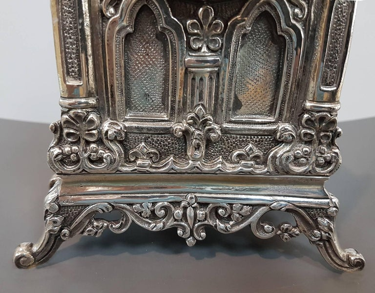 20th Century Italian Gothic revival Silver Table Clock For Sale 1