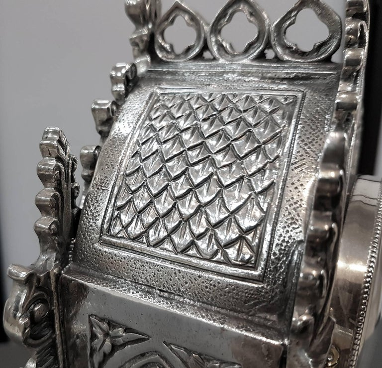 20th Century Italian Gothic revival Silver Table Clock For Sale 2