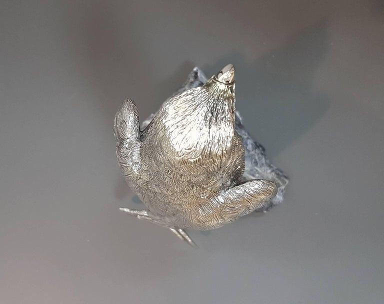 20th Century Italian Sterling Silver Hawk on a Sodalite Stone For Sale 4