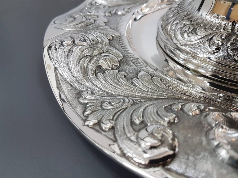 20th Century Italian Stering Silver Baroque revival round Tureen plus dish For Sale 3