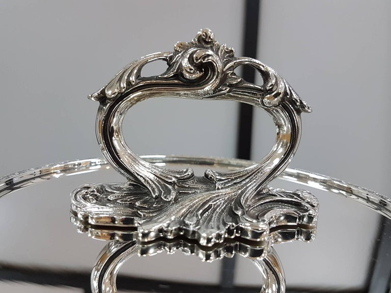 20th Century Italian Sterling Silver ceased Entree Dishe In Excellent Condition For Sale In VALENZA, IT