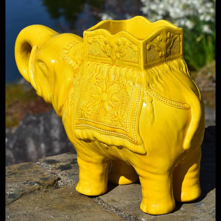 English 19th Century Yellow Elephant Jardiniere Vase Ault Arts & Crafts For Sale