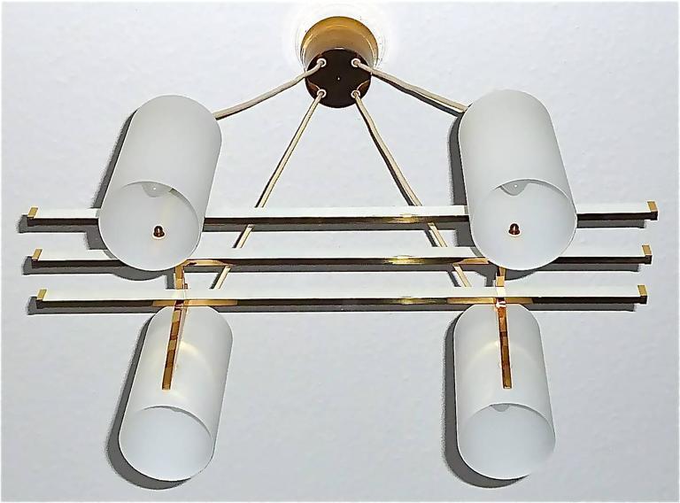 Sculptural 1950s Brass Tube Glass Chandelier Arredoluce Angelo Lelii Style In Excellent Condition For Sale In Nierstein am Rhein, DE
