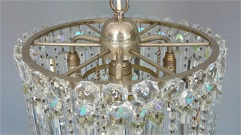 Precious Bakalowits or Lobmeyr Faceted Crystal Glass Chandelier, Austria, 1950s In Good Condition For Sale In Nierstein am Rhein, DE