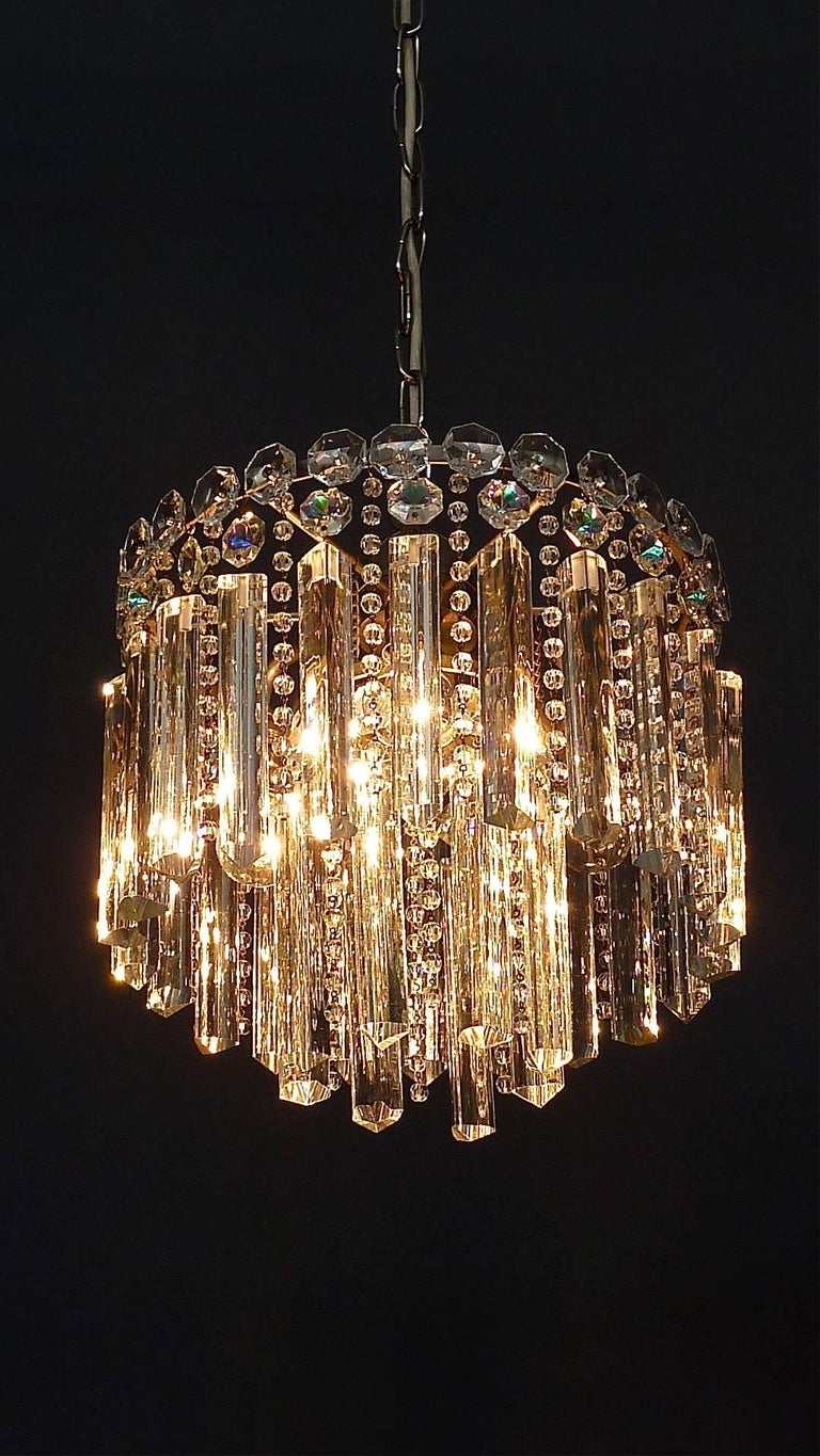 Precious Bakalowits or Lobmeyr Faceted Crystal Glass Chandelier, Austria, 1950s For Sale 1