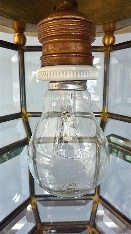 Great Adolf Loos Lobmeyr Style Light Beveled Glass Patinated Brass Vienna, 1910 In Excellent Condition For Sale In Nierstein am Rhein, DE