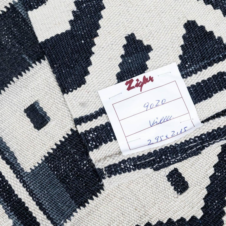 Handmade contemporary flatweave black and whit bereber collection for sale at 1stdibs - Alfombras kilim madrid ...