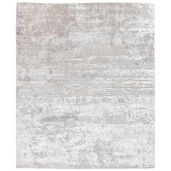 Handmade Contemporary Rug in Silk and Wool Grays Shades