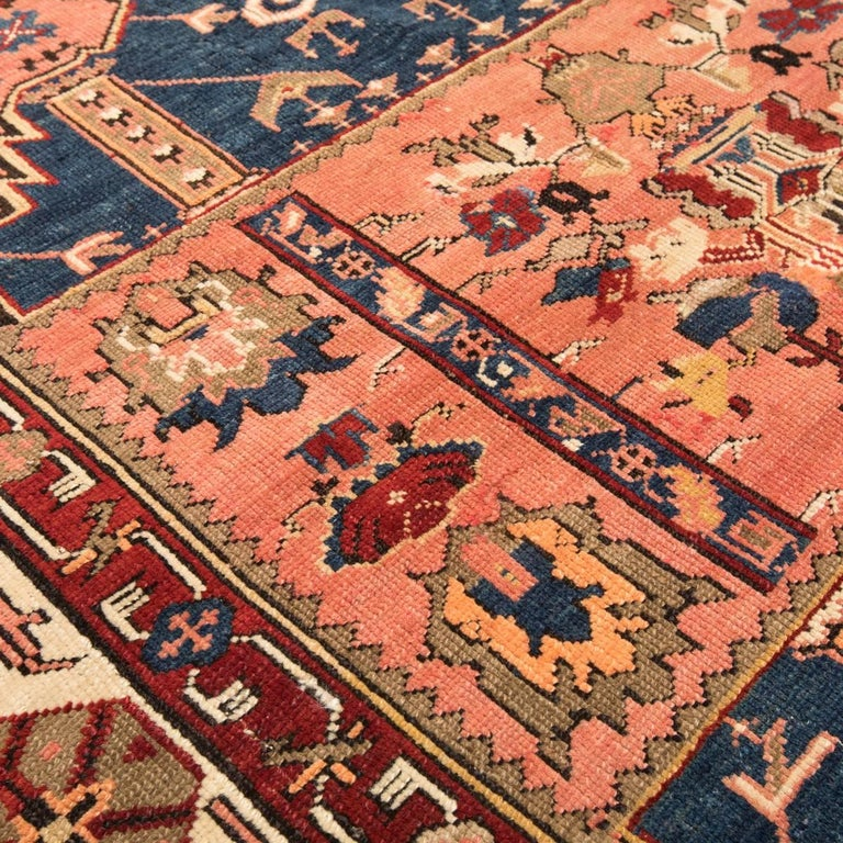 20th Century Antique Wool Rug, Derbend with Double Niche Design, circa 1920 In Excellent Condition For Sale In MADRID, ES