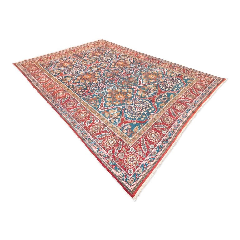 Antique Cotton Agra Rug With Abrash Circa 1900 For Sale: Ameritza India Wool Rug, Garrus Design, Circa 1900 For