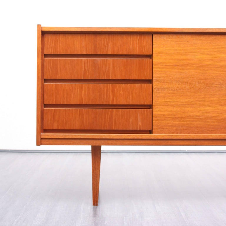 classic 1960s sideboard teak for sale at 1stdibs. Black Bedroom Furniture Sets. Home Design Ideas
