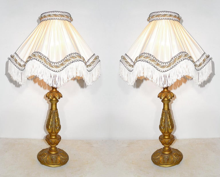 Wood Pair of Italian Baroque Carved Giltwood Candlesticks Torchères Ivory Table Lamps For Sale