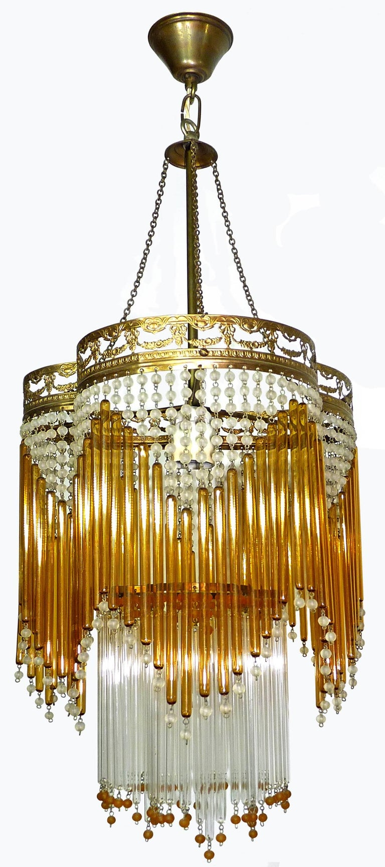 Italian Art Deco/Art Nouveau Amber and Clear Beaded Glass Murano Chandelier In Excellent Condition For Sale In Coimbra, PT