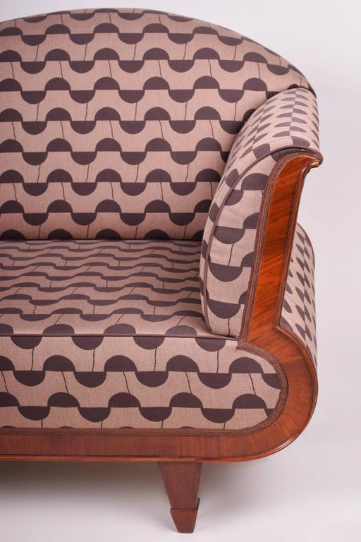 Art Deco Sofa In Excellent Condition For Sale In Prague, CZ