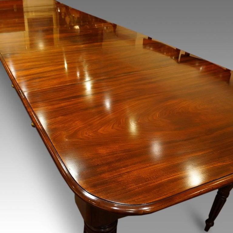 Dining Table Seats 16 19th Century Walnut Large Dining  : WilliamIVmahogany16seatdiningtable1master from honansantiques.com size 768 x 768 jpeg 76kB