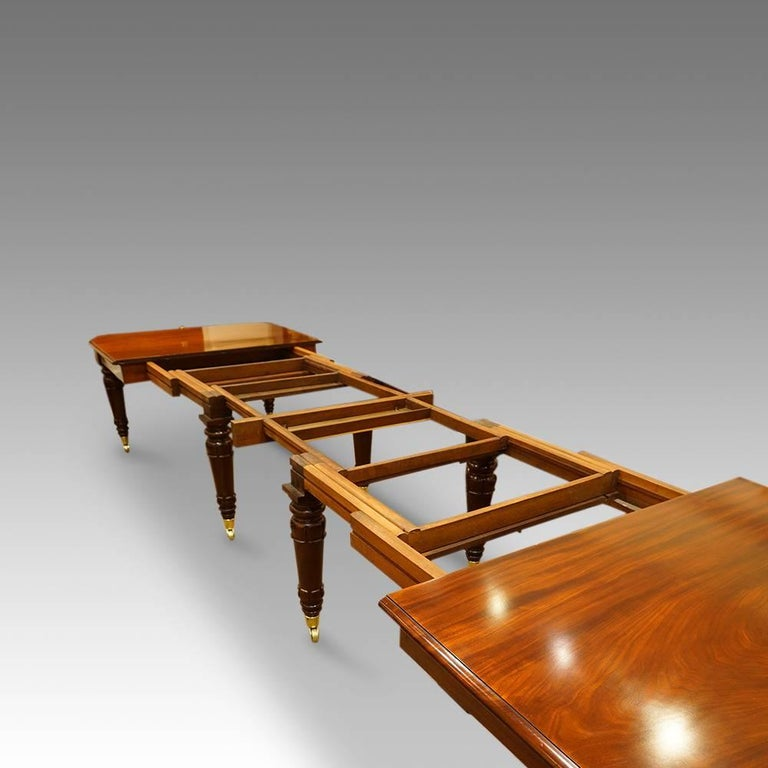 William iv mahogany 16 seat dining table for sale at 1stdibs for Dining room tables seat 16
