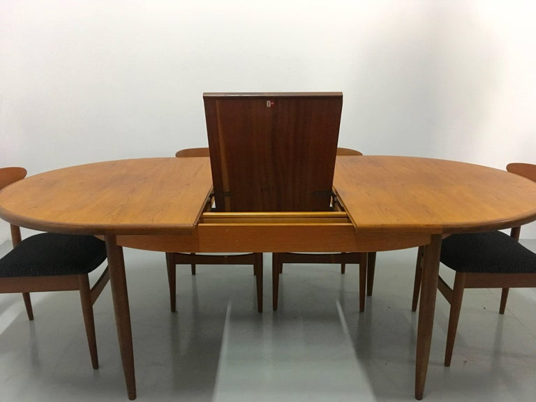 Vintage extendable teak dining table form g plan 1960s for G plan dining room furniture sale