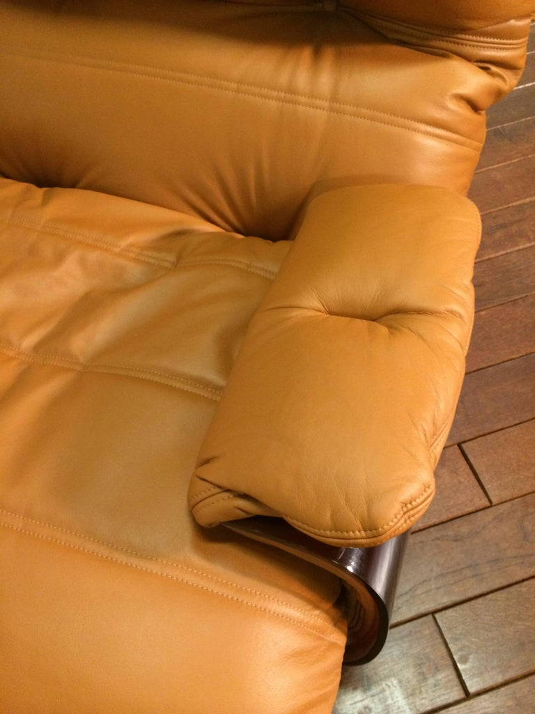 Cognac Leather Marsala Lounge Chair and Pouf by Michel Ducaroy for Ligne Roset For Sale 3