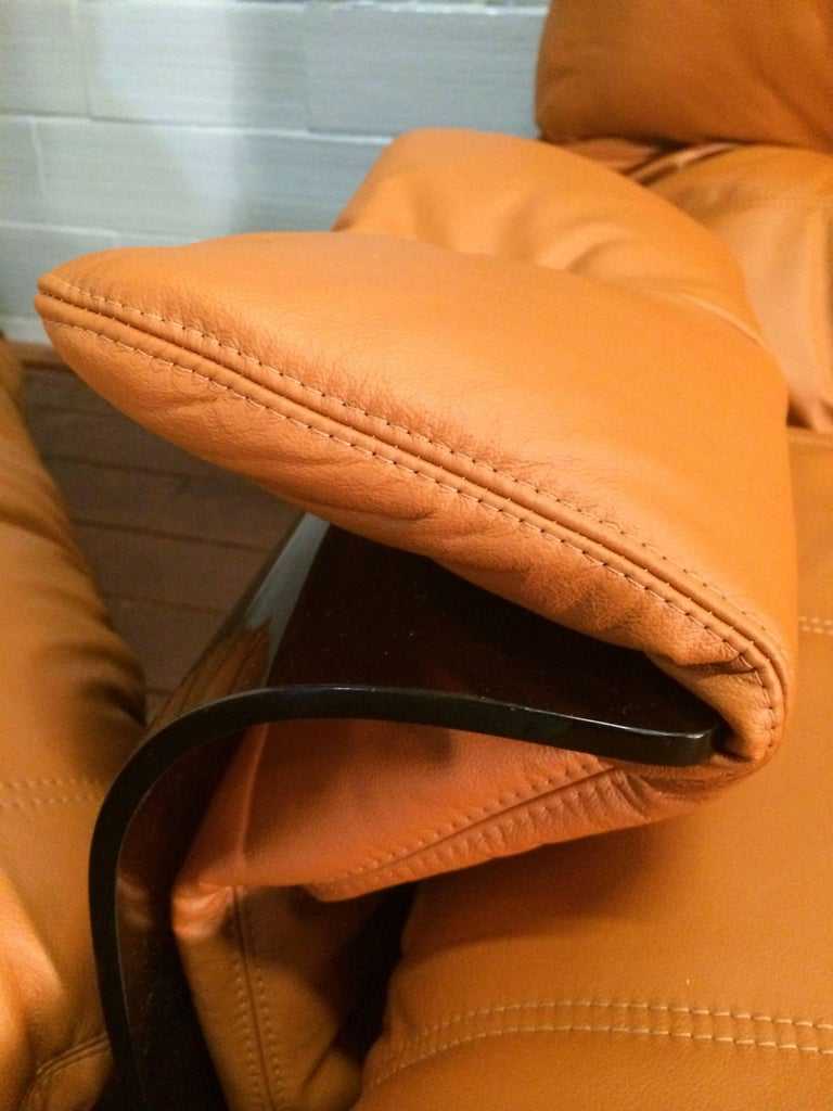 Cognac Leather Marsala Lounge Chair and Pouf by Michel Ducaroy for Ligne Roset For Sale 4