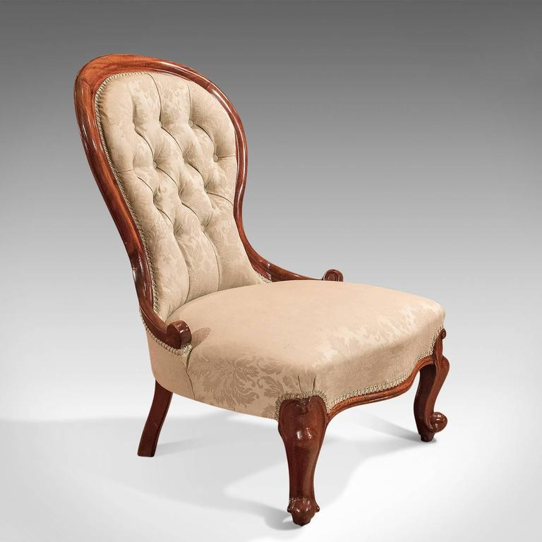 19th Century Antique Salon Chair, Victorian Button Back, circa 1840 For Sale 4