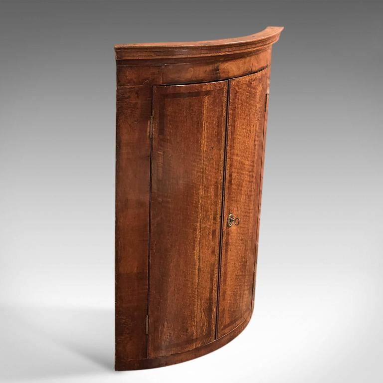 British 18th Century Antique Corner Cabinet, Georgian Hanging Cupboard,  Circa 1780 For Sale