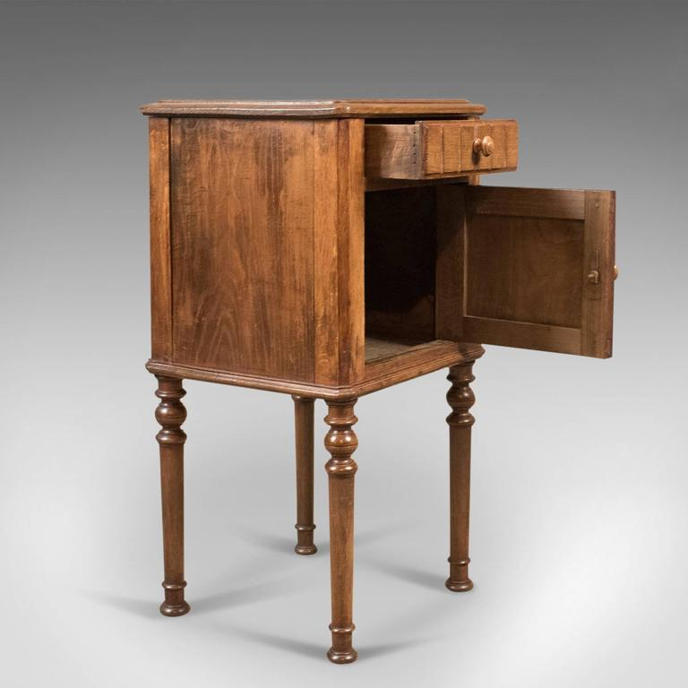 Elm Antique Bedside Cabinet, Victorian Pot Cupboard, circa 1900 For Sale - Antique Bedside Cabinet, Victorian Pot Cupboard, Circa 1900 At 1stdibs
