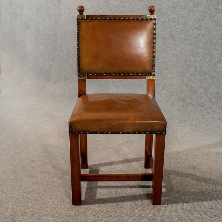 Antique oak and leather set four dining kitchen chairs for Quality dining room furniture