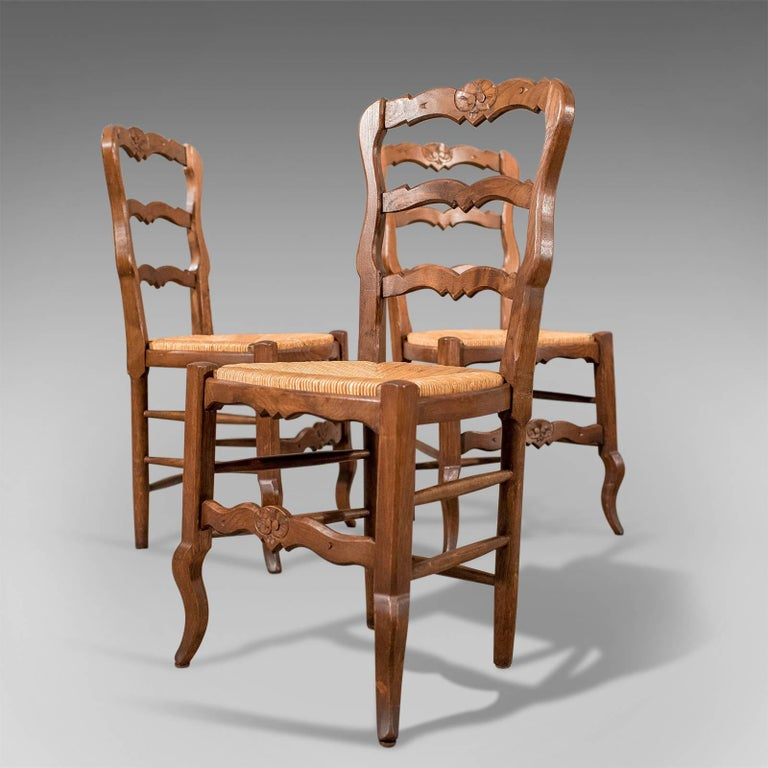 French Oak Country Kitchen Dining Chairs Set of Six Rush Seats, circa 1900 1