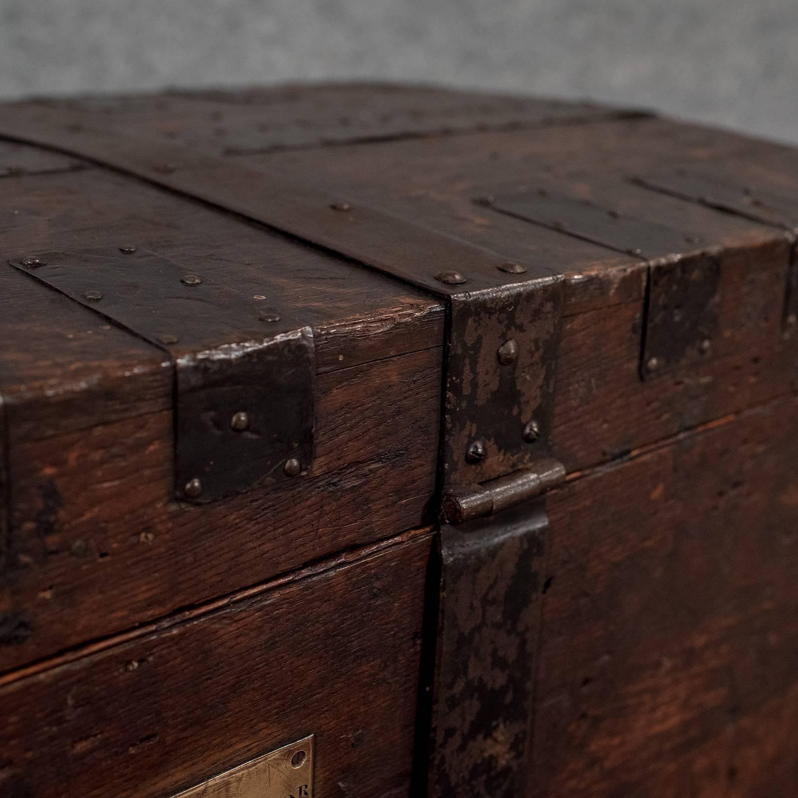 Regency English Oak Silver Chest Shipping Storage Trunk, Lambert London,  Circa 1830 For Sale
