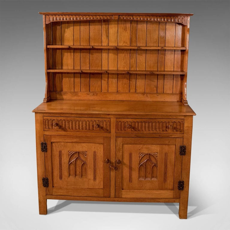 Oak Kitchen Display Dresser Cabinet English Art Deco Period Mid 20th Century In Good Condition