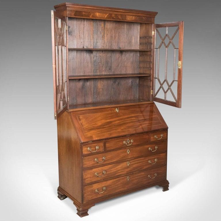 Antique Bureau Bookcase, English Late Georgian Mahogany Writing Desk In Good Condition For Sale In Taunton, GB