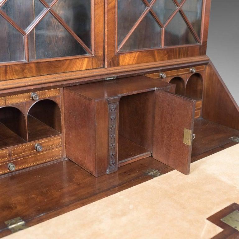 Antique Bureau Bookcase, English Late Georgian Mahogany Writing Desk For Sale 4