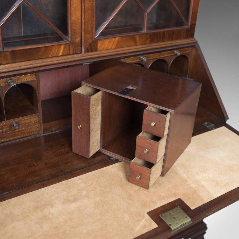 Antique Bureau Bookcase, English Late Georgian Mahogany Writing Desk For Sale 5