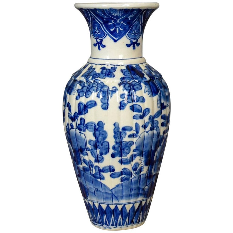 Blue And White Chinese Flower Vase Ceramic China Pottery Mid Late 20th Century