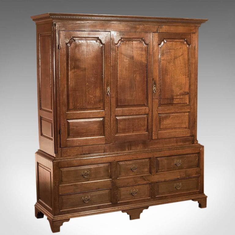 Fine Large Georgian Antique Wardrobe Linen Press Cabinet