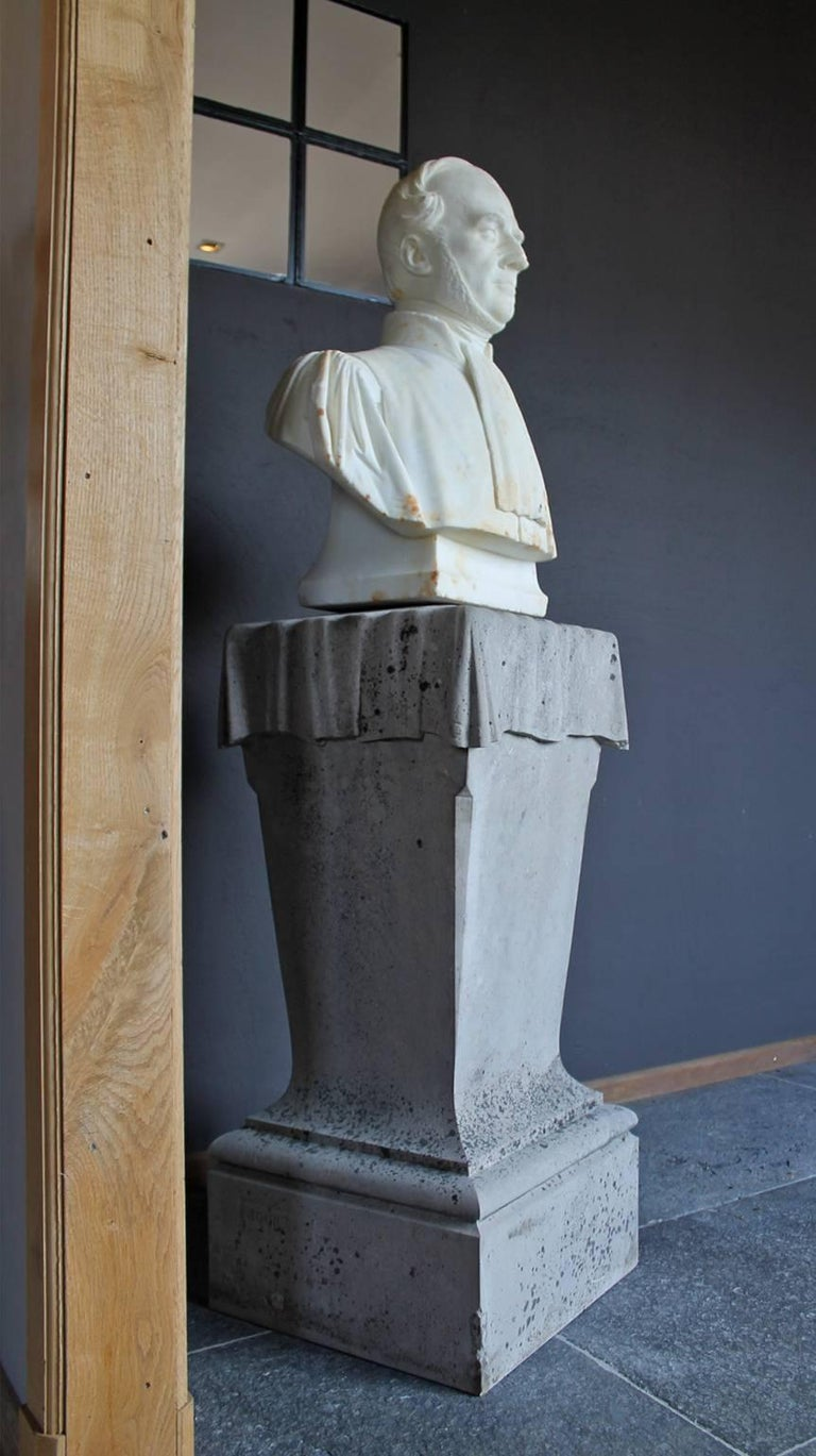 Nice white marble head-statue on a column.