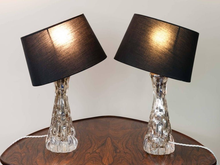 1960s Pair of Small Carl Fagerlund Crocorelief Glass and Chrome Orrefors Lamps In Good Condition For Sale In London, GB