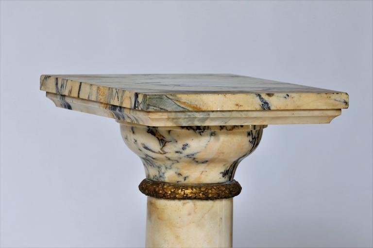 19th Century Column Pedestal in Carrara Marble For Sale 1
