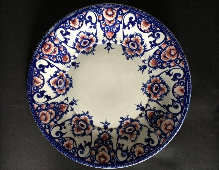 19th Century Gien Blue and Red Faience Plate In Good Condition For Sale In Beuzevillette, FR