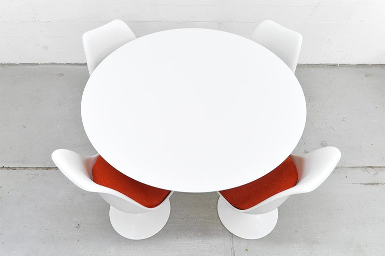 Midcentury Tulip Dining Set by Eero Saarinen for Knoll International, 1970s For Sale 4