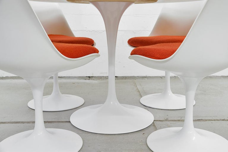 Midcentury Tulip Dining Set by Eero Saarinen for Knoll International, 1970s For Sale 6