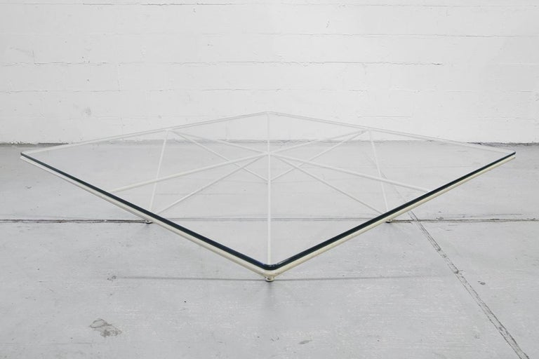 Minimalistic Paolo Piva 'Alanda' White Glass Coffee Table for B&B Italia, 1980s For Sale 1